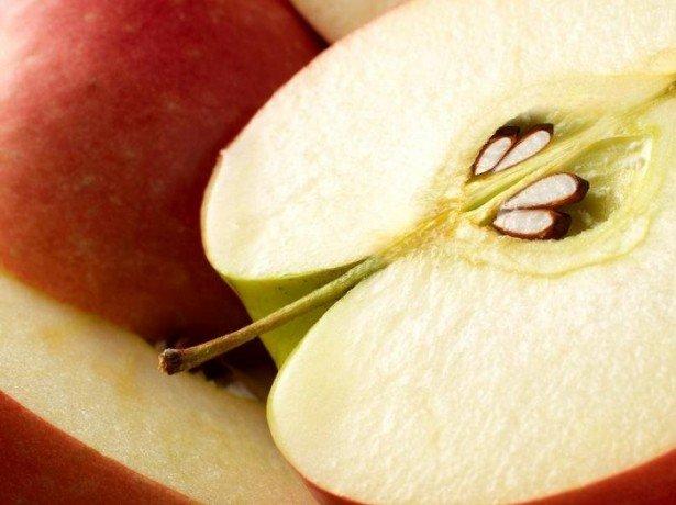 Чи можна виростити яблуню з насіння, і як домогтися гарного врожаю