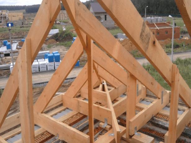 Шатровий дах: конструкція, розрахунок, креслення, покрокове керівництво